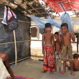 Suivi de la situation des réfugiés rohingyas au Bangladesh