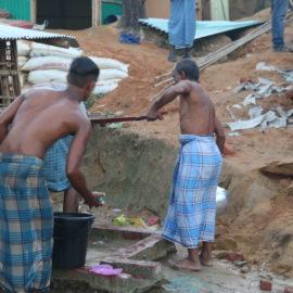 Constructions de puits et d'habitats pour les réfugiés rohingyas au Bangladesh