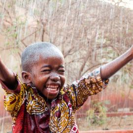 Constructions de puits en Afrique temporairement suspendues